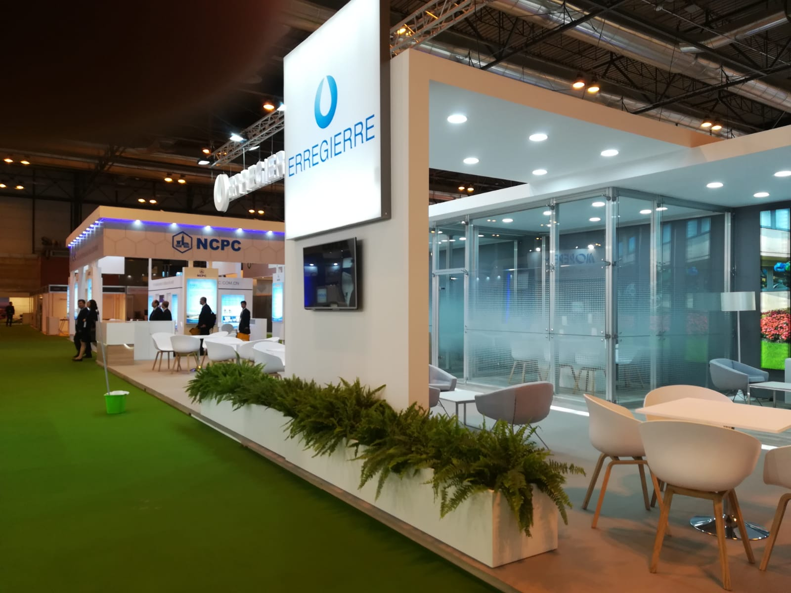 Exhibition Stand Lighting Near Me : Exhibition stand lighting technologies on behance
